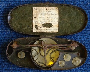 Coin Scale c1790 by Thomas Croome