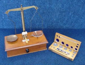 Picture of Chemist's Scale c1920